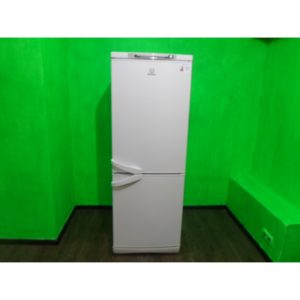 Холодильник Indesit d142 б/у