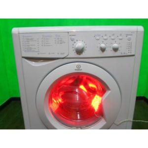 Стиральная машина Indesit r241 б/у