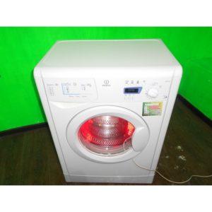 Стиральная машина Indesit l263 б/у