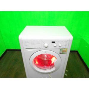 Стиральная машина Indesit b253 б/у