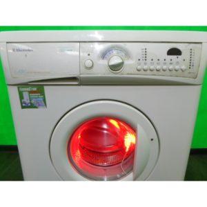 Стиральная машина Electrolux v131 б/у
